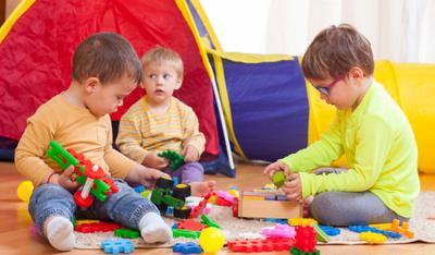 Yuk, Kenali 5 Tahapan Perkembangan Kecerdasan Moral Anak!