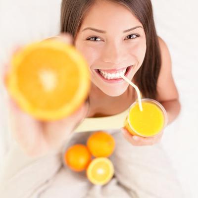 1. Mengontrol Melanin Dengan Memperbanyak Asupan Vitamin C`
