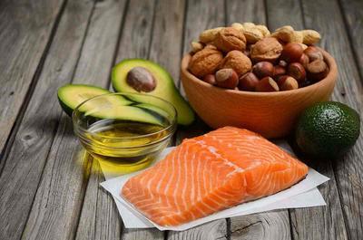 4. Konsumi Makanan Mengandung Asam Lemak Omega 3