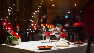 Ingin Dinner Nostalgia Romantis Bersama Dads? 4 Restoran di Senopati Ini Bisa Jadi Pilihan