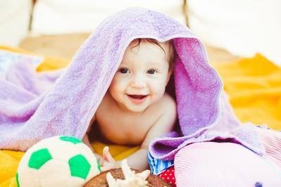 Moms Wajib Tahu, Ini 5 Bahan Berbahaya yang Sering Ada Pada Produk Bayi