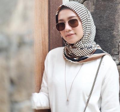 Hijab Voal Lagi Laris di Mana-mana, Ternyata Ini Hal yang Membedakan dari yang Lainnya