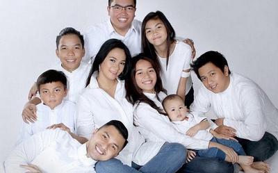 Perlu Ditiru Nih Moms! Intip Rahasia Keluarga Harmonis Ala Aktor Senior Anjasmara