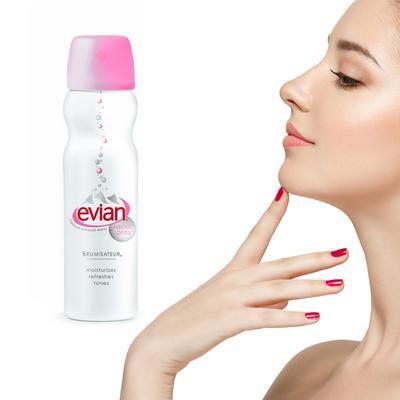 Moms Sudah Pakai? Facial Spray Evian untuk Set Makeup dan Menyegarkan Wajah Ini Recommended!