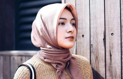 Tips Mengatasi Kulit Kepala Bermasalah Bagi Wanita Berhijab
