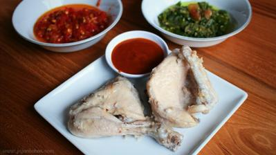 Resep Masakan: Ayam Pop Khas Rumah Makan Padang