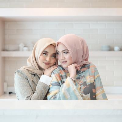 Tren Hijab Segiempat Kembali Populer, Ini Dia Alasannya Kenapa Hijab Model Ini Sangat Disukai