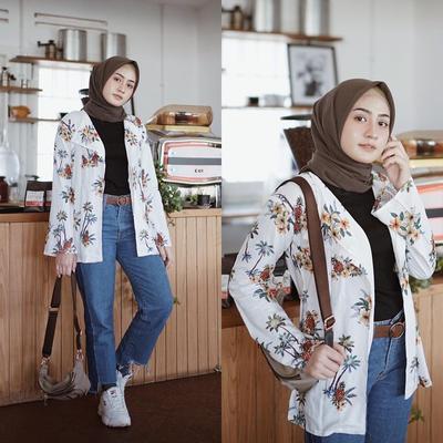 Anti-Jadul, Ini Pilihan Model Celana Kekinian yang Bisa Dipadukan dengan Atasan Motif Floral