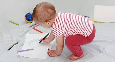 Ketahui Yuk Moms, Tahapan Perkembangan Bahasa Bayi 0-3 Tahun