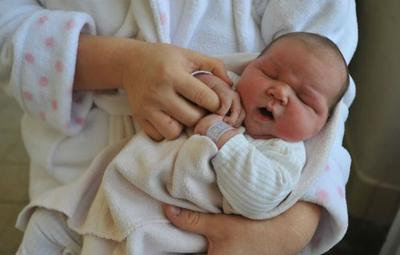 4 Alasan yang Menyebabkan Bayi Harus Lahir Secara Caesar