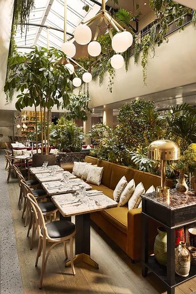 Beberapa Restoran dengan Cara Bayar yang Aneh Ini Akan Membuat Moms Tercengang!
