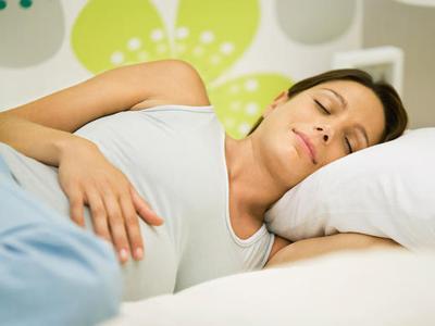 Ibu Hamil Susah Tidur di Malam Hari? Ini Cara Mengatasinya!