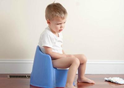 Kenali Penyebab Anak Susah BAB, Ternyata Begini Cara Mengatasinya!