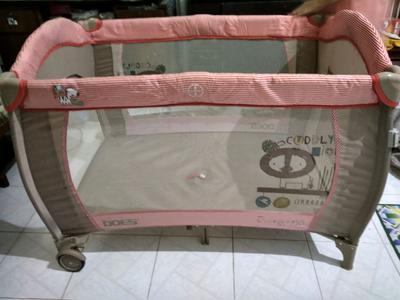 5. Box Bayi Baby Does