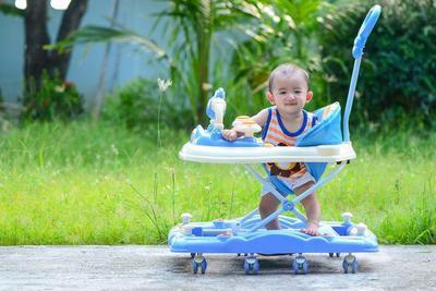Biar Enggak Salah, Yuk Cek Dulu Harga Pasaran Baby Walker Terbaru