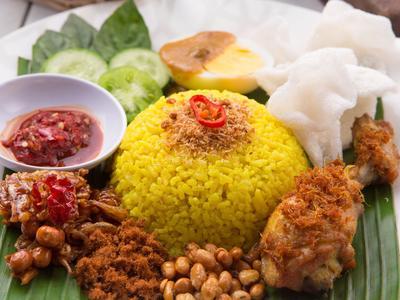 Resep Nasi Kuning Spesial