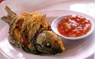 3. Ikan Mas Goreng