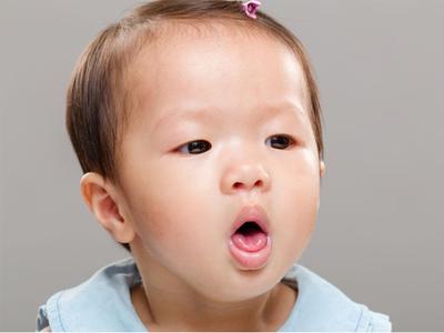 Sebenarnya, Masih Zaman Nggak Sih Sedot Hidung Bayi 3 Bulan Saat Pilek?