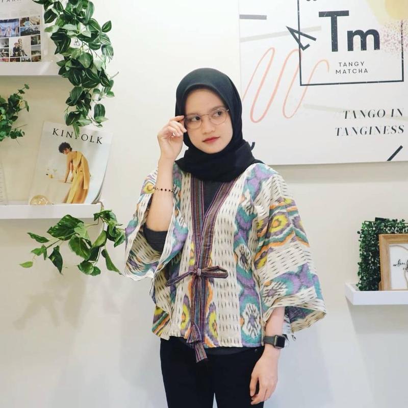 Ini 5 Inspirasi Model Baju Batik Untuk Ke Kantor Dijamin