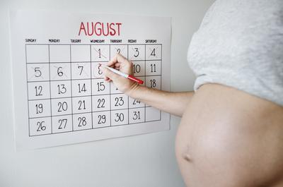 Yuk Ketahui Gangguan Kesehatan Pada Wanita Hamil Tua Selain Keputihan