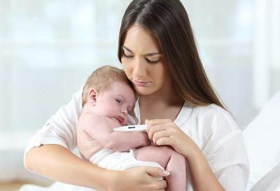 Menanggulangi Demam Pada Bayi