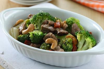 Mantul! Aneka Resep Brokoli Lezat & Sederhana Ini Pasti Bakal Bikin Anak Jadi Suka Brokoli!