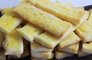 Roti Kering Gula