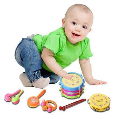 Permainan Bayi Usia 9-12 Bulan: Mainan Drum