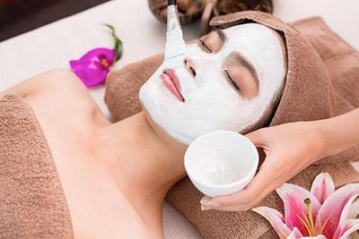 Tips Me Time di Salon Kecantikan, Hair Spa atau Facial Treatment Ya?