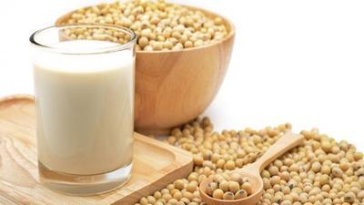 Ragam Manfaat Susu Kedelai, Bisa Buat Apa Saja Sih?