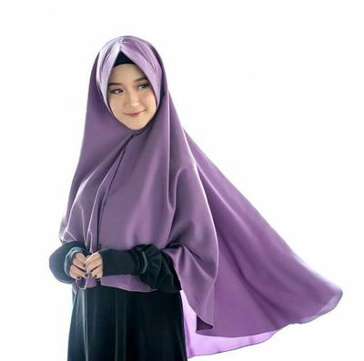 Tetap Modis dengan Jilbab Syar'i, Yuk Cek Rekomendasi Modelnya
