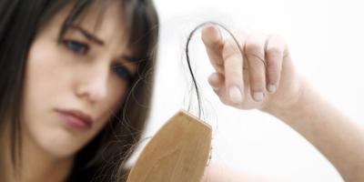 Apa penyebab rambut rontok?