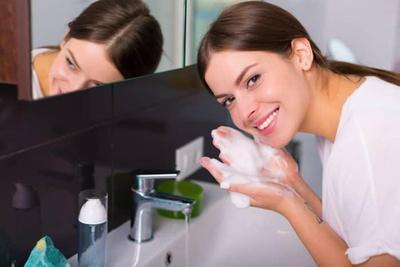 Tips #1: Cara Mencuci Muka yang Benar