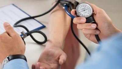 Berapa Sih Tekanan Darah yang Dianggap Normal? Yuk, Cari Tahu di Sini Moms!
