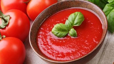 Resep Cara Membuat Masker Tomat, Banyak Manfaatnya Lho Moms!