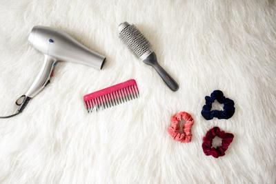 Cara Merawat Rambut Mengembang dan Bergelombang