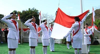 Yuk Ajari Si Kecil Lagu Indonesia Raya 3 Stanza, Moms!