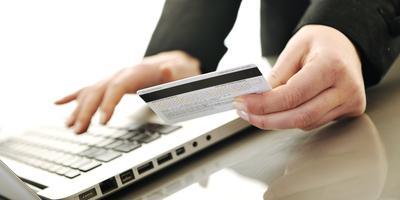 Antrian Bank Bikin Ribet? Yuk Beralih ke Internet Banking