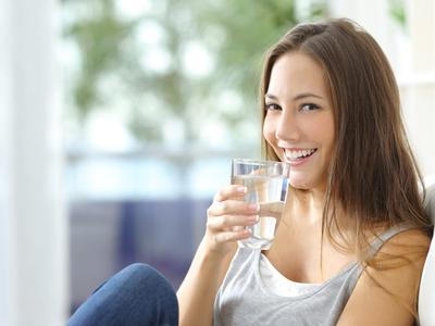 Konsumsi Air Putih Lebih Banyak Lagi