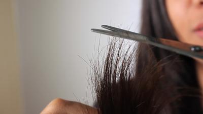 Potong Ujung Rambut secara Rutin