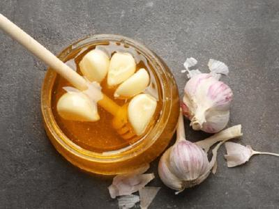 1. Manfaat Bawang Putih dan Madu untuk Kesehatan