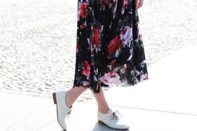 Sepatu Pantofel Wanita Modern
