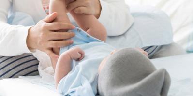 Jangan Sampai Dehidrasi, Lakukan Ini Jika Bayi 4 Bulan Mencret Ya Moms!