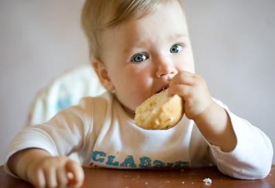 Biskuit Bayi SUN, Harga Ekonomis Namun Kaya Nutrisi Untuk Si Kecil