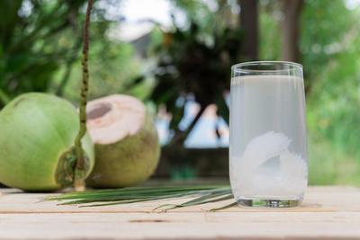 4. Air kelapa