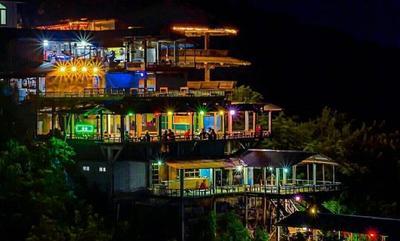 Indah Banget! Ini Dia Beberapa Tempat Wisata Bukit Bintang di Indonesia