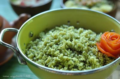 Bikin Nasi Uduk Ala Restoran Cukup di Rumah Saja, Intip Resepnya Moms!