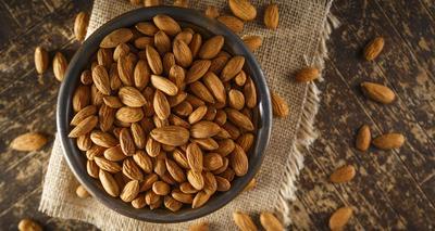 Kacang Almond, Si Kecil yang Punya Segudang Manfaat Untuk Ibu Hamil dan Janin
