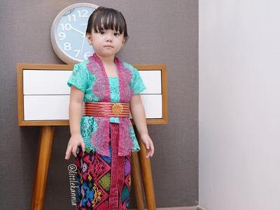 Inspirasi Baju Kebaya untuk Anak Perempuan, Lucu dan Menggemaskan Deh, Moms!