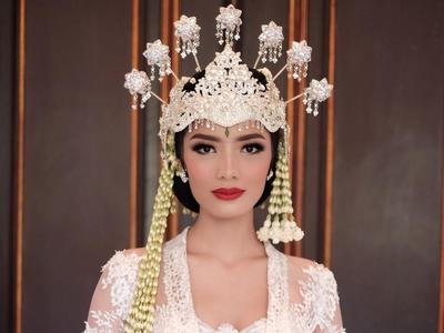 Tak Hanya Cantik, Ini Dia Makna Di Balik Mahkota Siger Pengantin Sunda